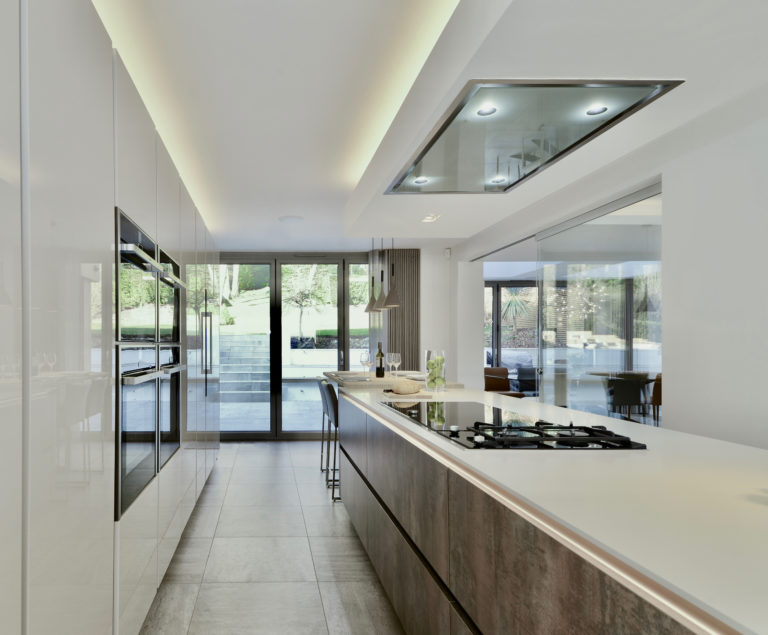 studio-alpa-open-plan-kitchen